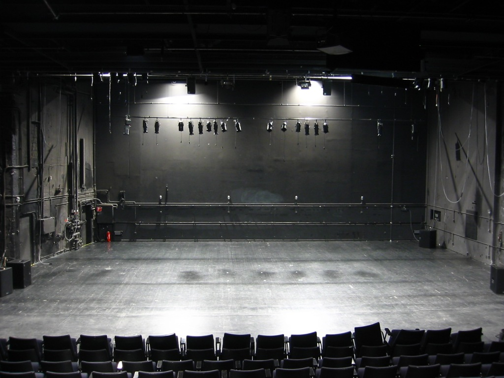 hau2-stage